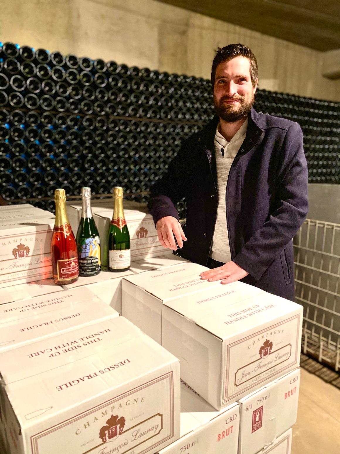Gaëtan har packat årets Sommarlåda till Champagne-klubben