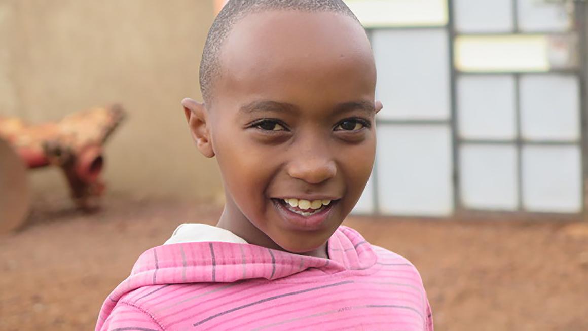 Kolla in filmen om 9-årige Elvis som bor i Emali i södra Kenya