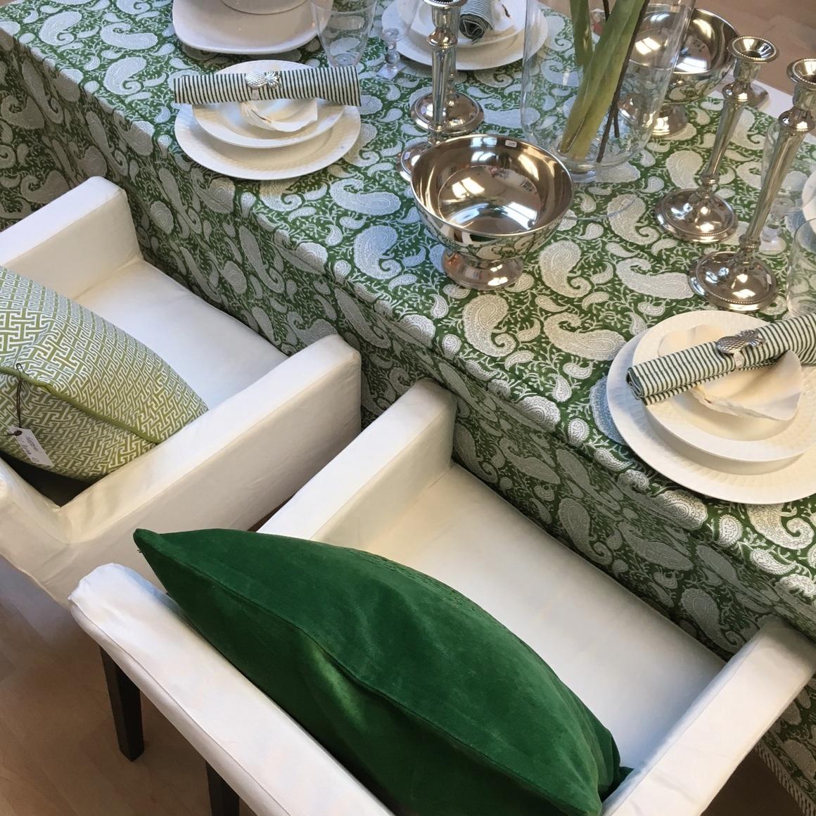 Bordsdukning i grönt
