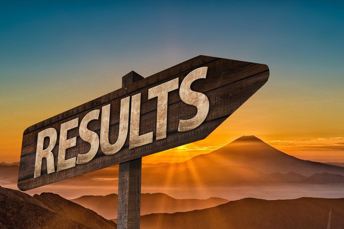 """Vägvisare med texten """"results"""". Illustration."""