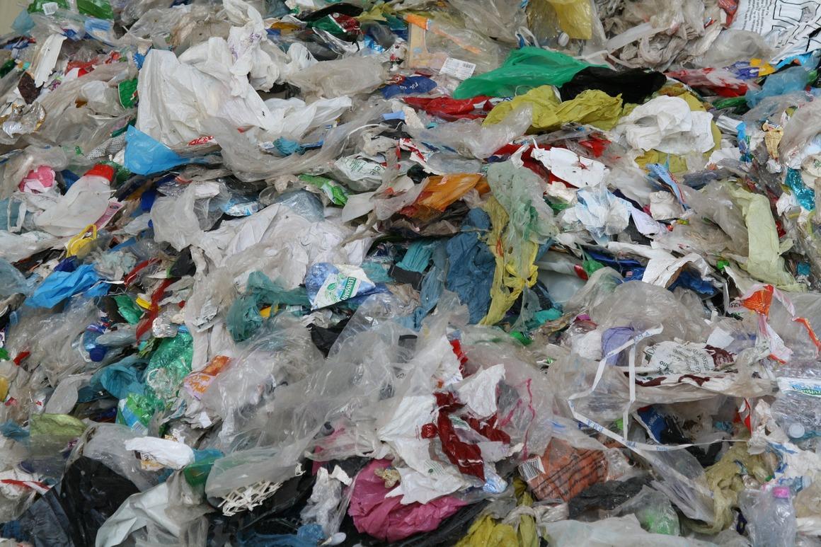 Plastskräp