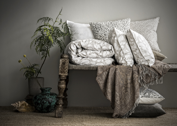Chamois textilier på bänk