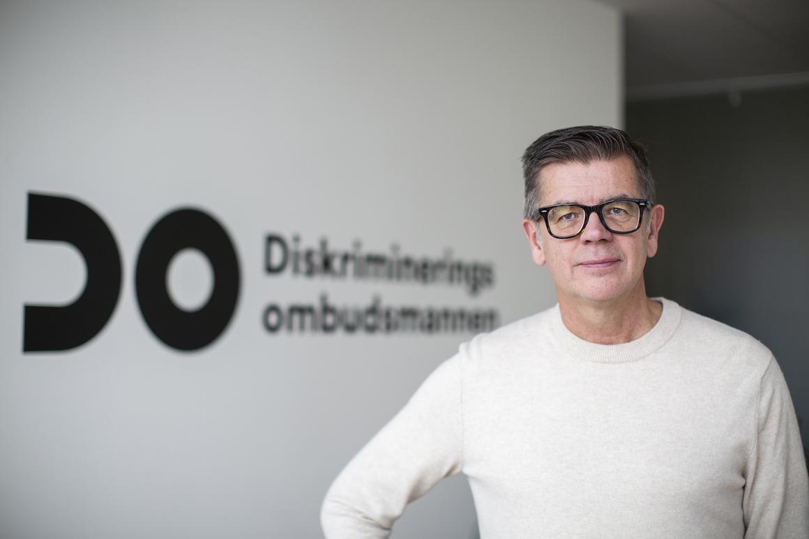 Lars Arrhenius synd med en bakgrund där det står DO diskrimineringsombudsmannen