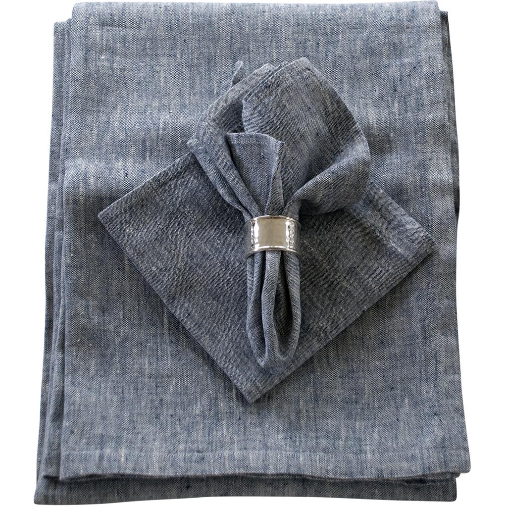 Blå linneduk och matchande servetter