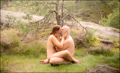 Älskande i skogen