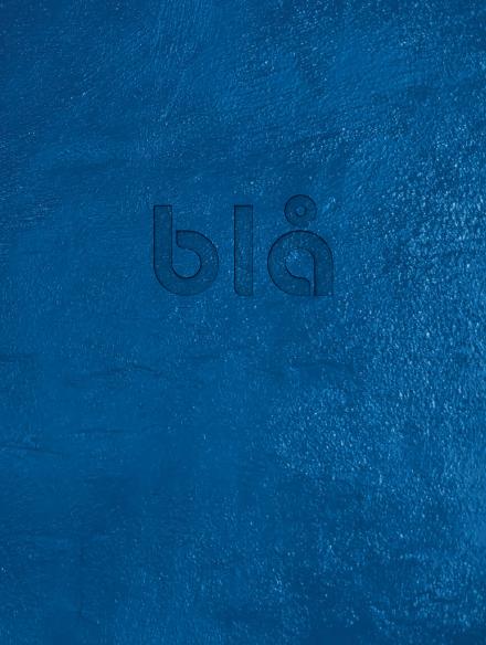 Bokomslag Blå, formgiven av Stefan Raabe